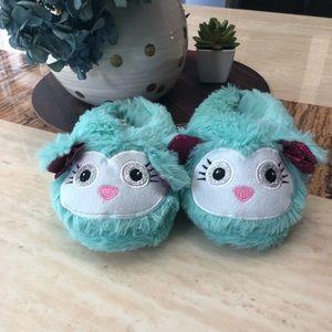 Toddler girl size med 7/8 house slippers NEW